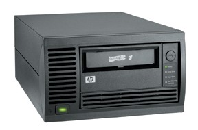 Стример HP StorageWorks Ultrium 230 (200Gb, 30Mb/s) Tape Drive External